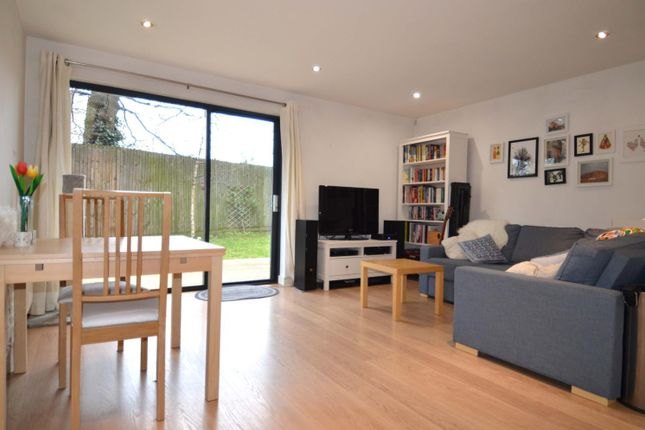 Thumbnail Flat for sale in Watersmeet Place, Woodberry Park