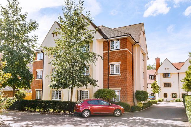 Thumbnail Flat for sale in Lark Hill, Oxford
