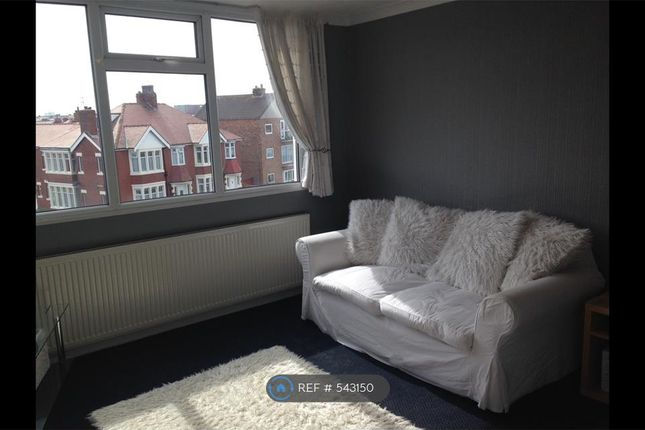 Thumbnail Flat to rent in Warbreck Hill Road, Blackpool