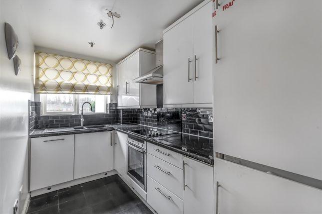 Basildon Close - Kitchen