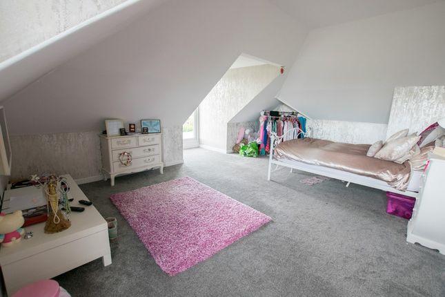 Upper Bedroom 1 (Copy)