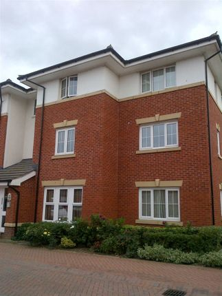 Thumbnail Flat to rent in Combe Walk, Devizes, Wiltshire