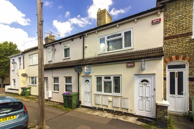 Thumbnail Flat for sale in Canterbury Road, Folkestone