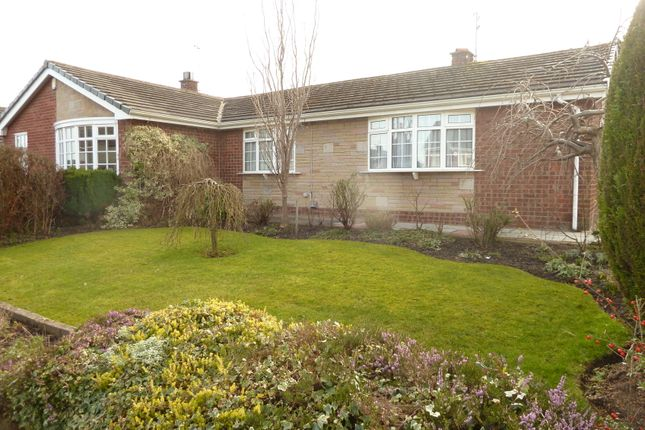 Thumbnail Semi-detached bungalow to rent in Grasmere Road, Gatley, Cheadle