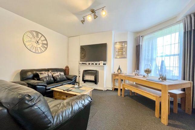 3 bed flat to rent in Bath Terrace, London SE1