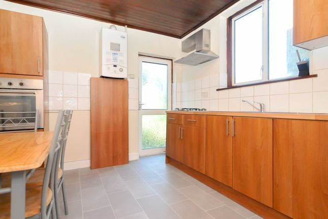 Thumbnail Terraced house to rent in Eade Road, London