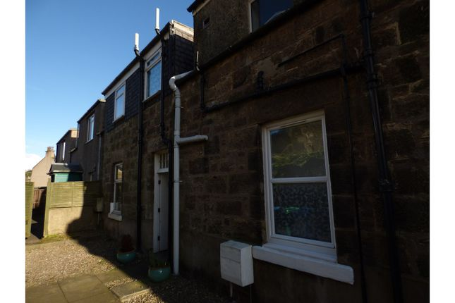 Flat for sale in James Park, Burntisland