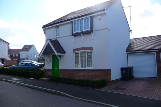 Thumbnail Detached house to rent in Clappers Lane, Watton At Stone, Hertford
