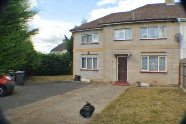 Thumbnail Terraced house for sale in Ashwood Road, Englefield Green