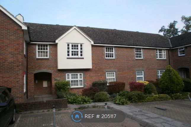 Thumbnail Flat to rent in St Pauls Place, Winchester