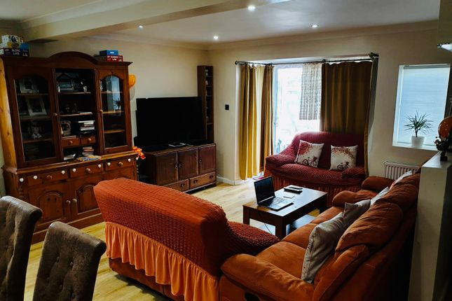 Thumbnail Semi-detached bungalow to rent in Mayswood Gardens, Dagenham, Essex