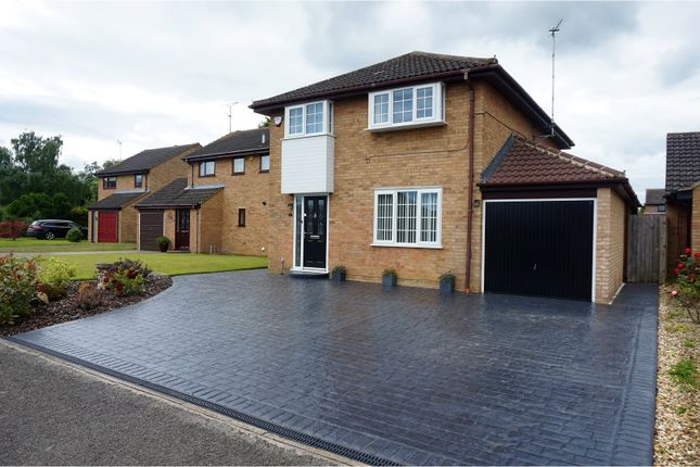 Thumbnail Detached house for sale in Rush Close, Hartwell