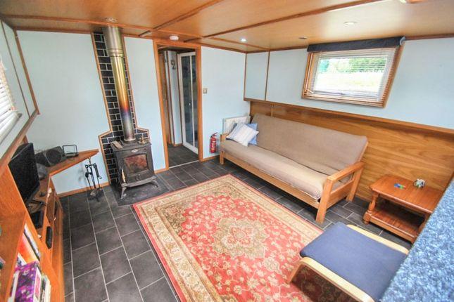 Thumbnail Houseboat for sale in The Bridge, Abingdon