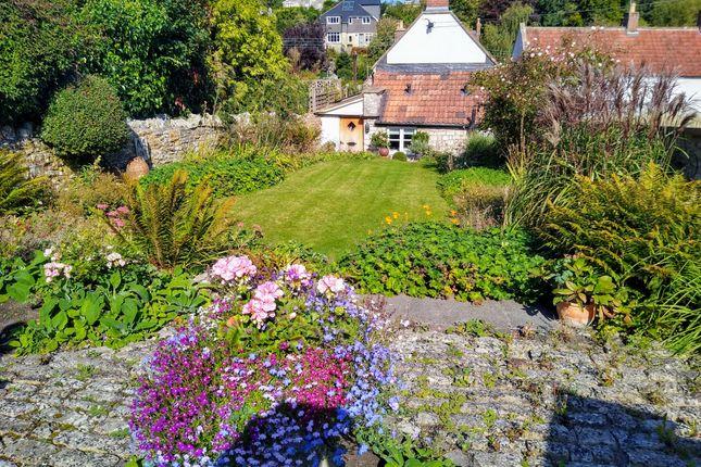 Thumbnail Cottage for sale in Church Lane, Farmborough