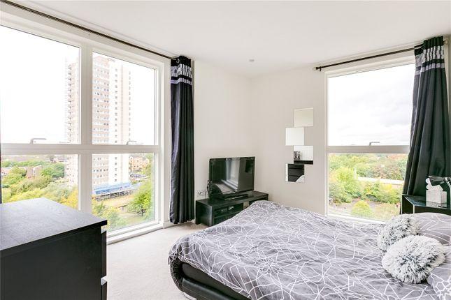 Master Bedroom of Pump House Crescent, Brentford, Middlesex TW8