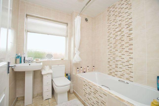 Bathroom of Sword Street, Dennistoun, Glasgow G31