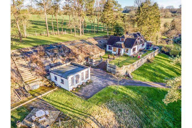 Thumbnail Detached house for sale in Magpie Bottom, Sevenoaks