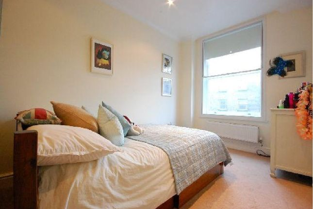 Thumbnail Property to rent in Barnsbury Road, London