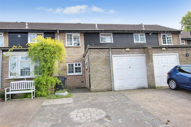 Thumbnail Terraced house for sale in Pine Tree Close, Christchurch Road, Old Town, Hemel Hempstead