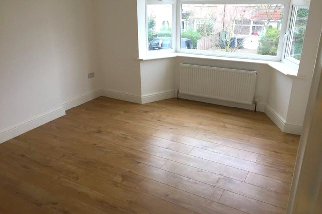 Thumbnail Terraced house to rent in Ennismore Avenue, Greenford
