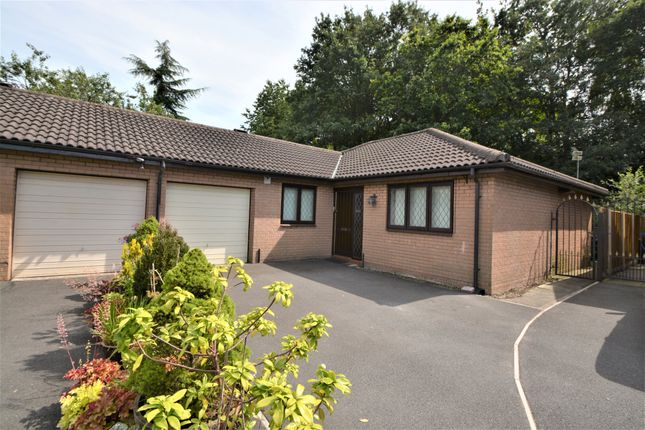 Thumbnail Semi-detached bungalow to rent in Barley Road, Thelwall, Warrington