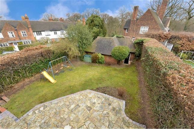 Thumbnail Semi-detached house to rent in Erskine Hill, Barnet