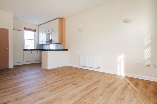 Thumbnail Terraced house for sale in Station Road West, Canterbury