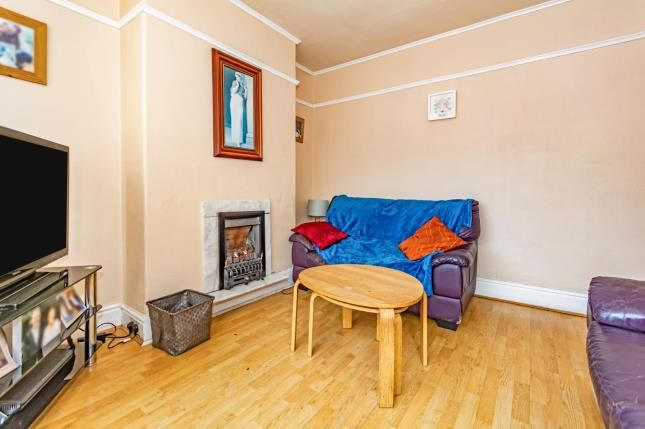 Lounge of Delacourt Road, Manchester, Greater Manchester, Uk M14