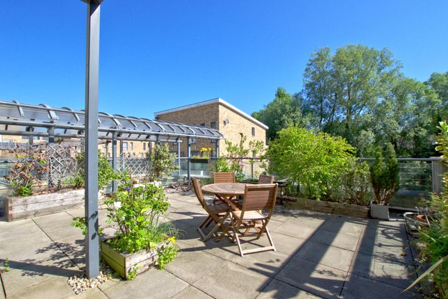 Thumbnail Flat for sale in Pepys Court, Cambridge