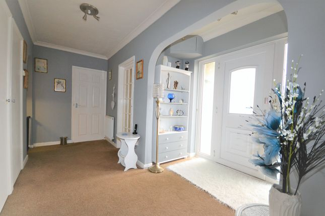 Thumbnail Property for sale in Queens Road, Littlestone, New Romney, Kent