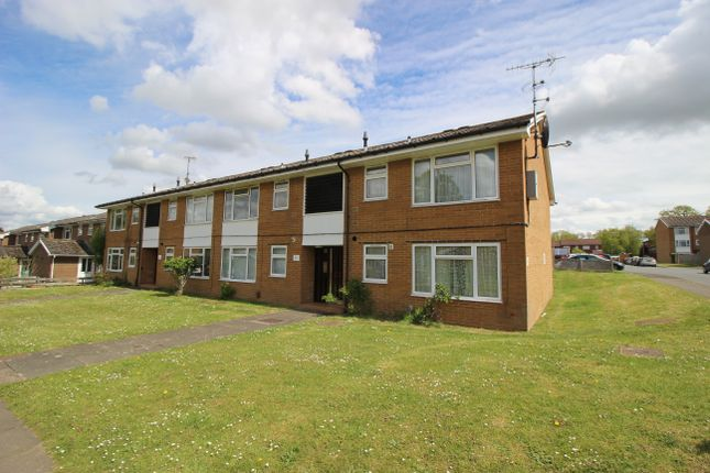1 bed flat for sale in Rathgar Close, Redhill RH1