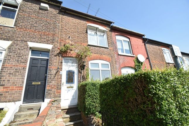 Thumbnail Terraced house to rent in Milton Road, Luton