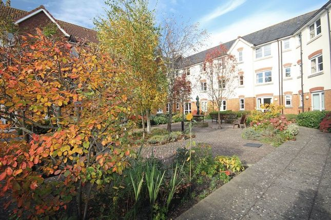 Thumbnail Flat for sale in Salisbury Street, Fordingbridge