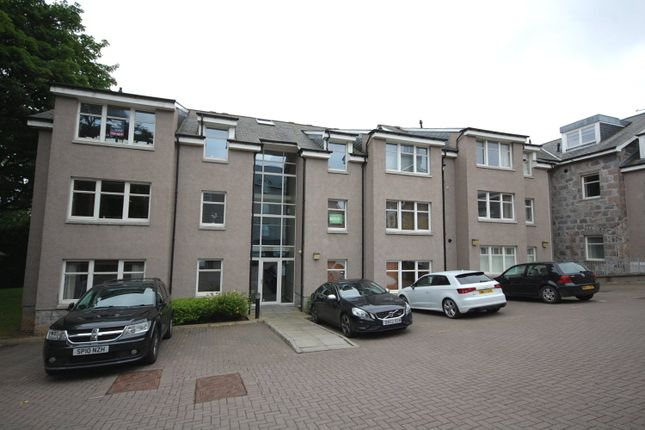 Thumbnail Penthouse to rent in Polmuir Road, Ferryhill, Aberdeen
