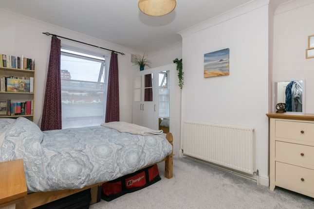 Bedroom 1 A of Kepler Terrace, Leeds LS8