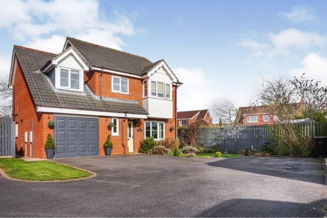 Thumbnail Detached house for sale in Lealand Close, Laceby
