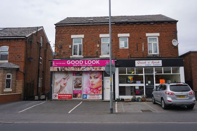 Flat to rent in Albert Road, Levenshulme, Manchester