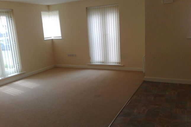 Thumbnail Flat to rent in Raynald Road, Sheffield
