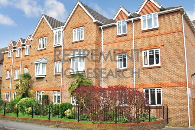 Thumbnail Flat for sale in Consort Court, Woking