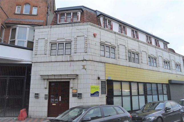 2 bed flat to rent in Cliftonville Avenue, Cliftonville, Margate