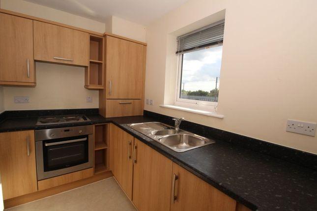 Thumbnail Flat to rent in Billington Grove, Willesborough, Ashford, Kent
