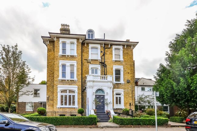 Thumbnail Flat to rent in Lauriston Road, Wimbledon Village