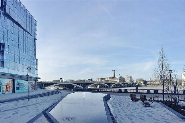 2 bed flat to rent in Kirtling St, London