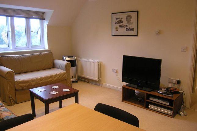 Living Room of Copthorne Common Road, Copthorne, Crawley RH10