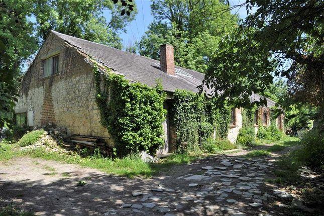 Thumbnail Barn conversion for sale in Burles Bridge Cottages, Farnham, Surrey