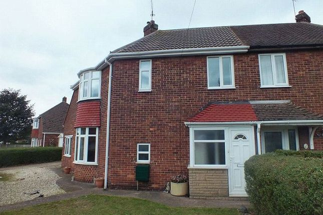 Thumbnail Semi-detached house to rent in Derwent Road, Scunthorpe