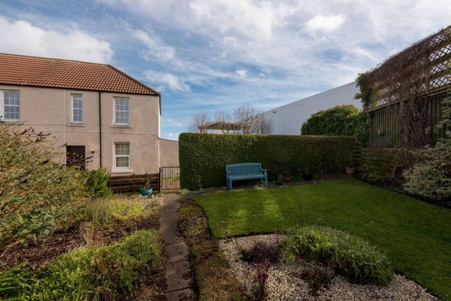 Thumbnail Flat for sale in 4 Horse Crook, North Berwick