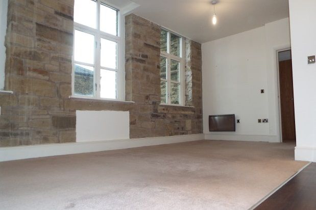 Thumbnail Flat to rent in Dean House Lane, Luddenden, Halifax