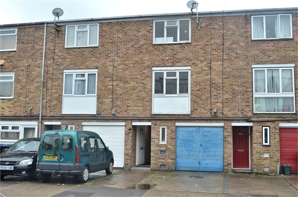harlow essex houses rent