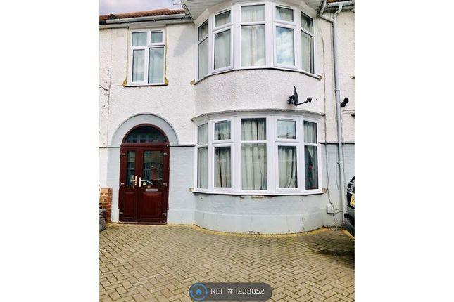 Thumbnail Terraced house to rent in Hurstbourne Gardens, Barking